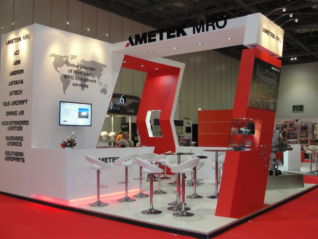 Exhibition Stand Options : Bespoke exhibition stands inspire displays